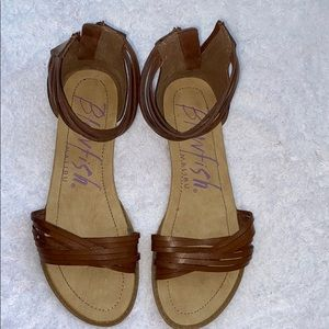 Blowfish Brown Leather Strappy, Flat Sandals Sz 10